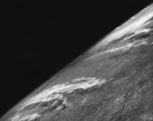 Первое фото из космоса. 1946 год